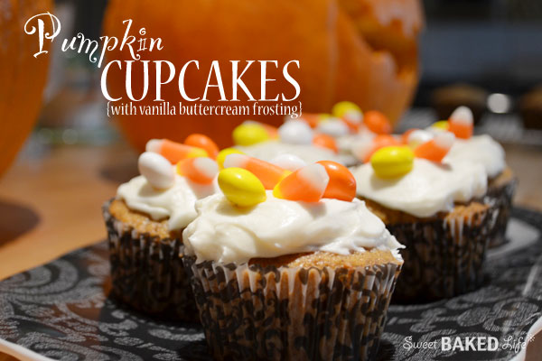 Pumpkin Cupcakes {with vanilla buttercream frosting}