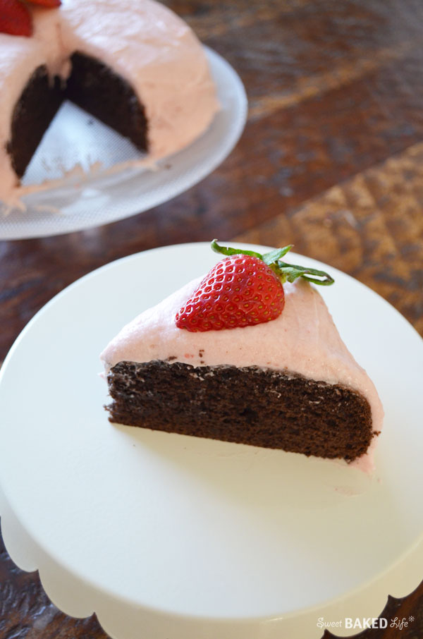 Strawberry Chocolate Sweetheart Cake