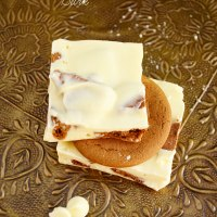White Chocolate Gingersnap Bark