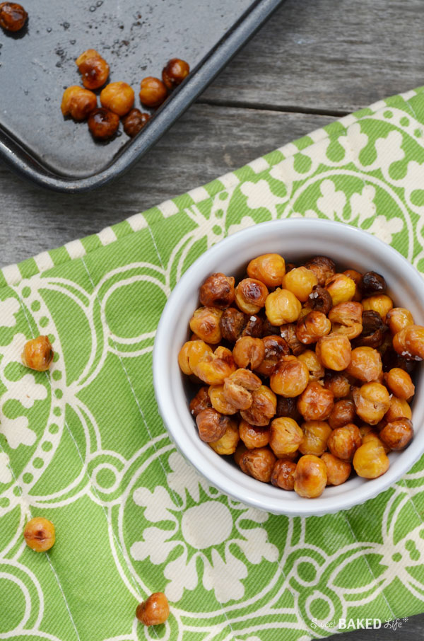 Crunchy Roasted Chickpeas - easy and delicious! | Sweet Baked Life