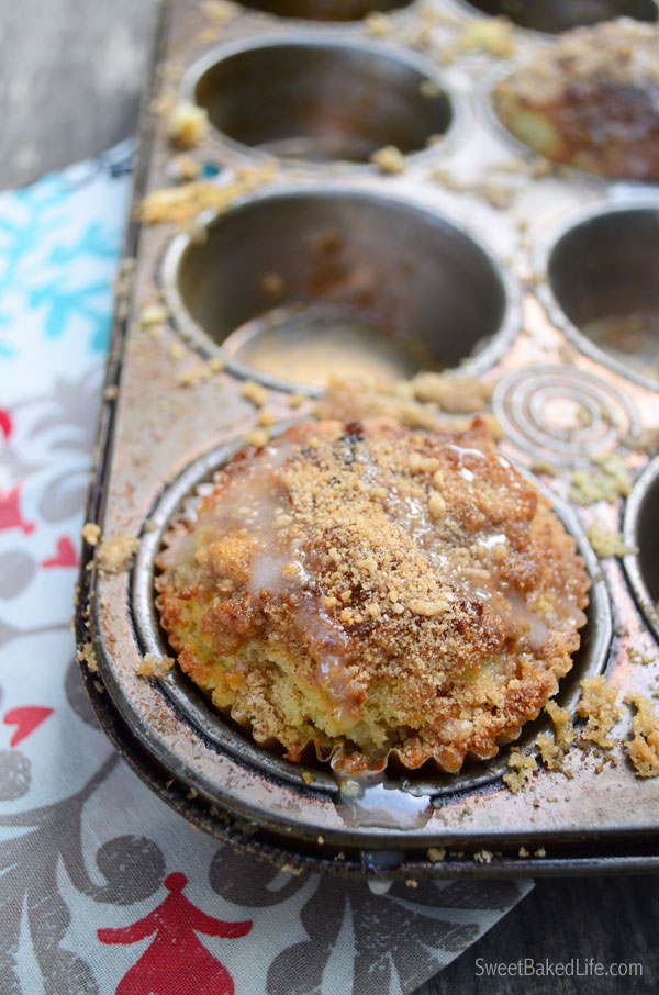 Sour Cream Coffee Cake Muffins   Sweet Baked Life