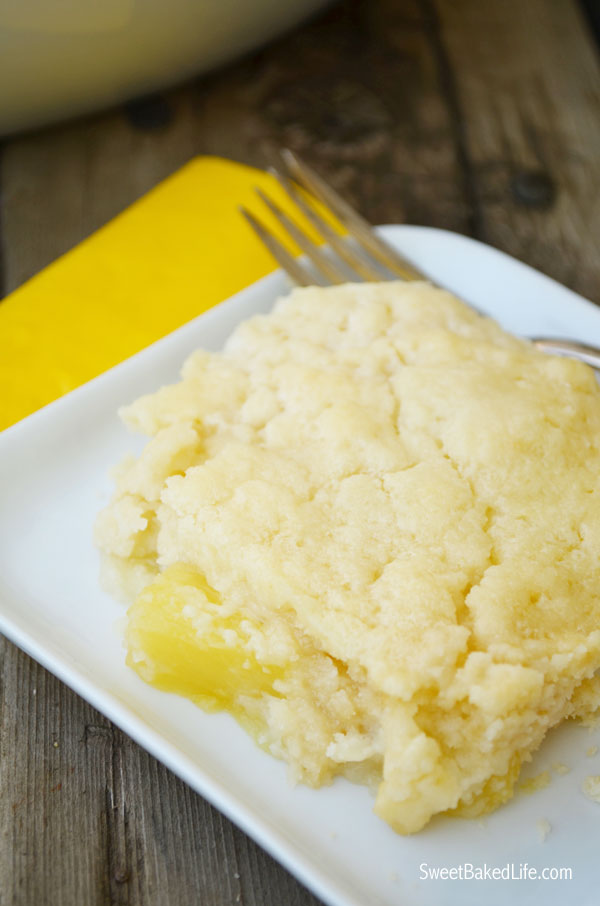 3 ingredient Pineapple Dump Cake | Sweet Baked LIfe