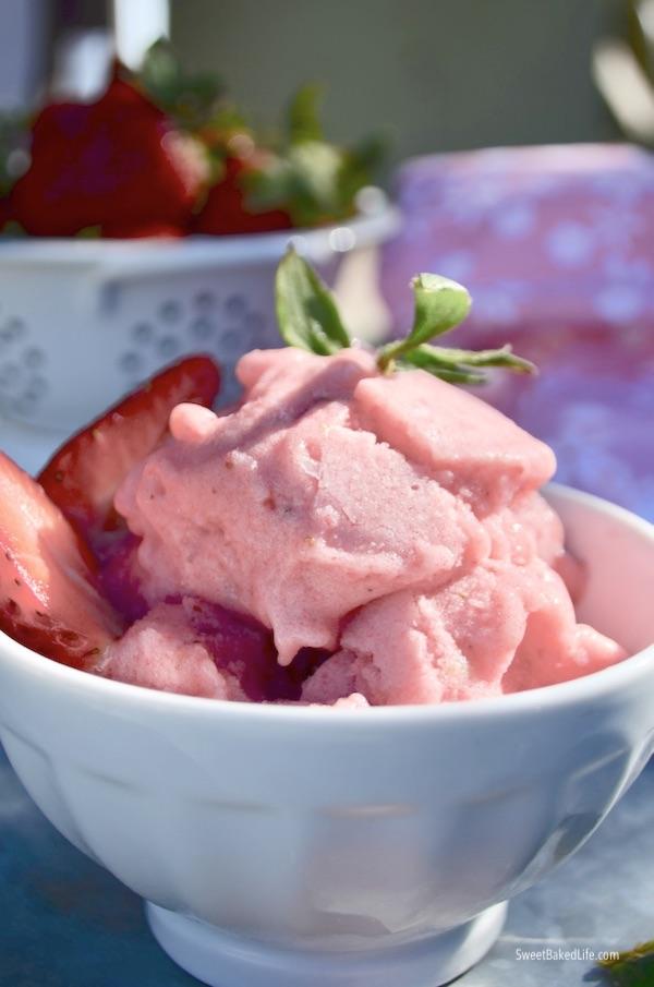 Dairy Free, 2 Ingredient Banana Strawberry Ice Cream | #sweetbakedlife