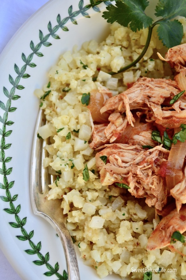 Whole30: Slow Cooker Mexican Chicken and Lime Cauliflower Rice @sweetbakedlife.com