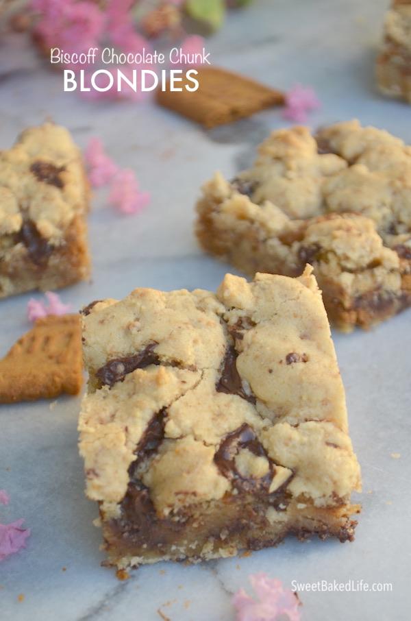 Biscoff Chocolate Chunk Blondies @sweetbakedlife.com