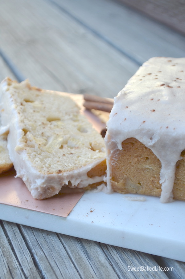 Apple Cinnamon Loaf Cake @sweetbakedlife.com